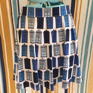 Doctor Who Her Universe Stretch TARDIS Skirt